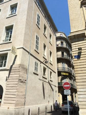 side side of the hotel picture of best western hotel marseille bourse vieux port