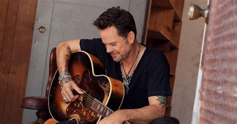 gary allan in helotes at t floore country store