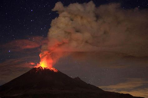 3 d printing teaches about the danger of volcanoes