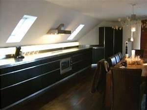 Küche In Dachschräge : dunstabzug dachschrage ihr traumhaus ideen ~ Markanthonyermac.com Haus und Dekorationen
