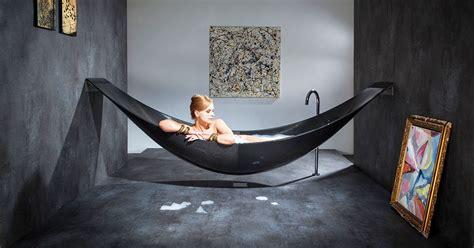 14 salles de bains hors du commun dans lesquelles vous aimerez vous savonner toute la journ 233 e
