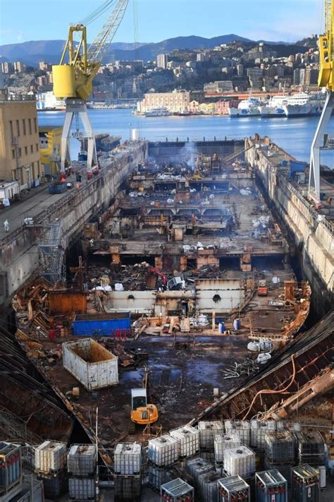 Schip Concordia by 155 Best Images About Costa Concordia Salvage On Pinterest