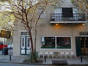 The Locals' Guide to French Quarter Restaurants