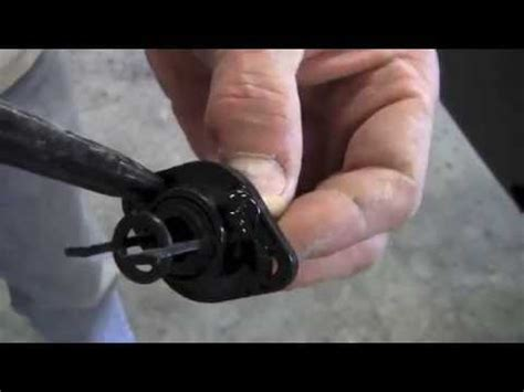 Install Drain Plug Fiberglass Boat by How To Replacement Drain Hole For Fiberglass Boat Transom