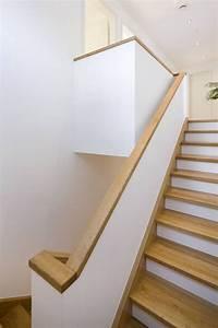 Holz Mit Wandfarbe Streichen : die besten 25 handlauf treppe ideen auf pinterest handlauf treppengel nder holz und handlauf ~ Markanthonyermac.com Haus und Dekorationen