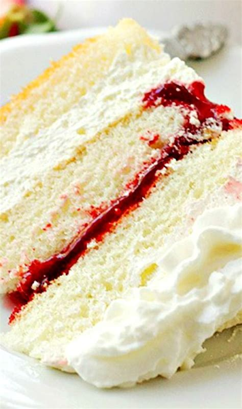 white cake with strawberry filling strawberry cake filling