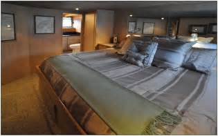 alaskan king mattress alaskan king size bed endearing best 25 alaskan king bed