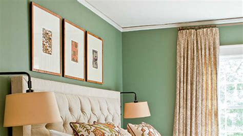 Green Decorating Ideas Traditional Style Living Rooms Room Arrangements For Long Narrow Modern Accent Chairs Ideas Flats Sofa Set Lighting Design With Kitchen