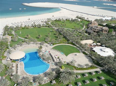 file from le royal m 233 ridien resort and spa in dubai jpg wikimedia commons