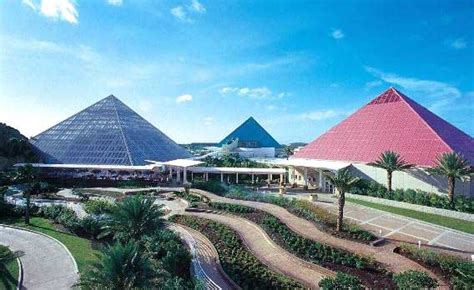 Moody Gardens, Galveston, Texas  Travel Featured