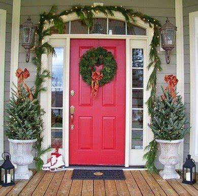 Outdoor Christmas Decorating Ideas  Bob Vila