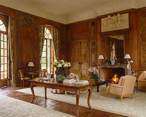 Old-fashioned Living Room Design