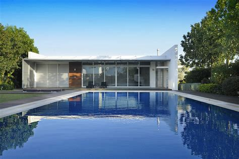 Pool House In Nicosia, Cyprus