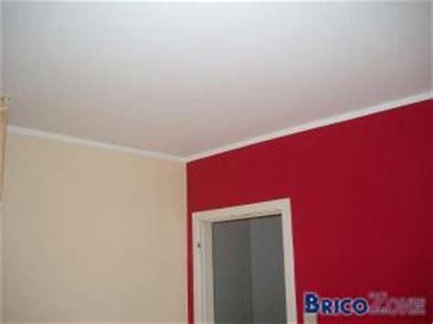 peindre raccord mur plafond