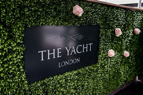 Yacht London by Contact The Yacht London