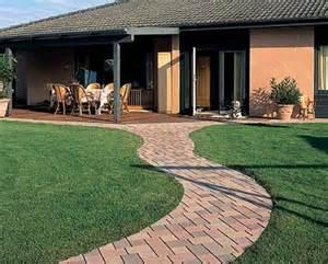 Gestaltung Von Terrassen : terrasse bilder terrassengestaltung ~ Markanthonyermac.com Haus und Dekorationen