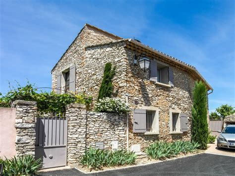 maison 224 vendre en paca vaucluse roussillon maison en dans le luberon avec jardin