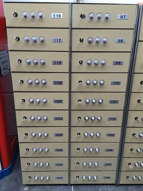 coffre fort de banque original bloc avec 20 coffres catawiki