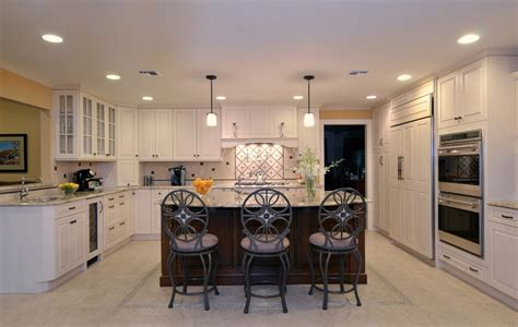 Designer Mario's Long Island Kitchen & Den Design Makeover Living Room With Storage Ottoman Trunk Best Exercises Restoration Hardware End Tables Modular Pics How To Decorate Dining Combo Nice Painting For Tuscan Table Lamps