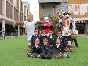 Schools take part in RWC team scarecrow competition | The ...