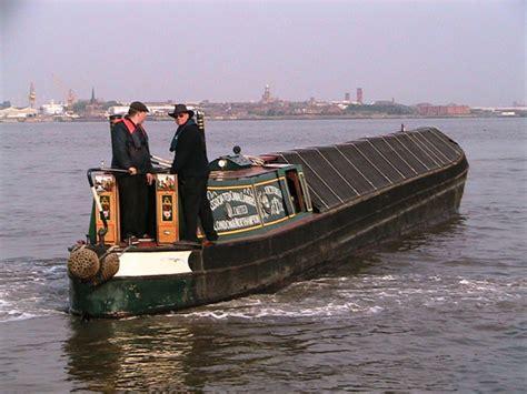 Boat Club Victoria by Victoria Historic Narrow Boat Club