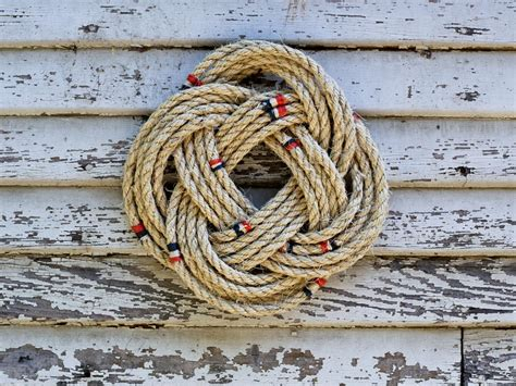 How To Tie A Nautical Rope Wreath Hgtv