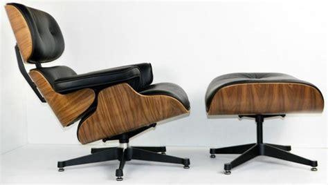 chaise haute eames 5 eames gt fauteuil lounge ottoman eames en cuir noir et bois noyer
