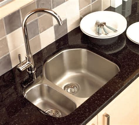 kitchen sink types materials