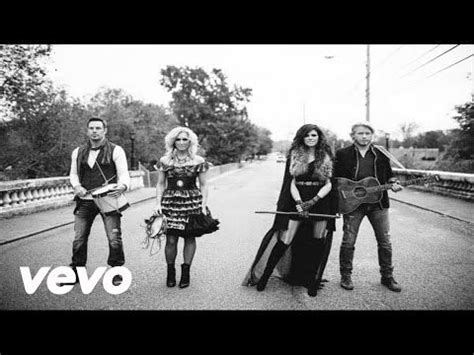 Little Big Town Pontoon Chords And Lyrics by 25 Best Ideas About Big Town On Pinterest Little Big