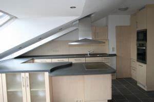 Küche In Dachschräge : k che unter dachschr ge k che pinterest attic and kitchens ~ Markanthonyermac.com Haus und Dekorationen