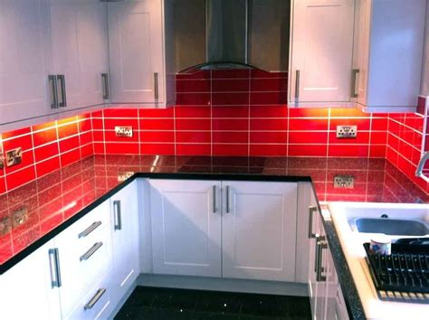 Brillo Liso Fuego (red) Kitchen Wall Tiles