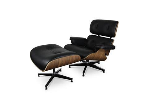 fauteuil et repose pieds lounge eames du designer charles eames iboutic