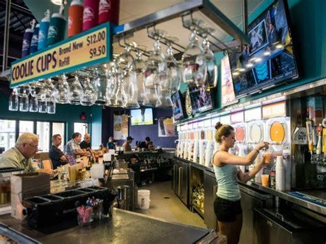 top 10 venice island area restaurants and bars