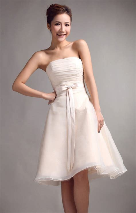Cheap Wedding Dresses And How To Get Them  Ipunya. Simple Wedding Dresses With Bling. Hippie Wedding Dresses Australia. Red Wedding Dress With White Lace. Sweetheart Bridal Dress Prices. Most Famous Wedding Dress Ever. Flowy Tulle Wedding Dresses. Wedding Dresses Lace Market Nottingham. Couture Sheath Wedding Dresses