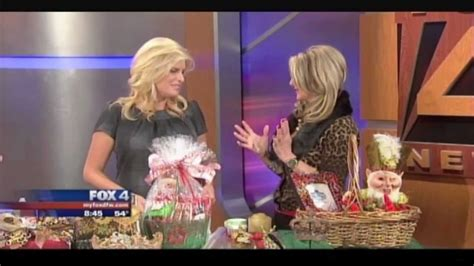 donna moss donna decorates dallas how to gift wrap glitter