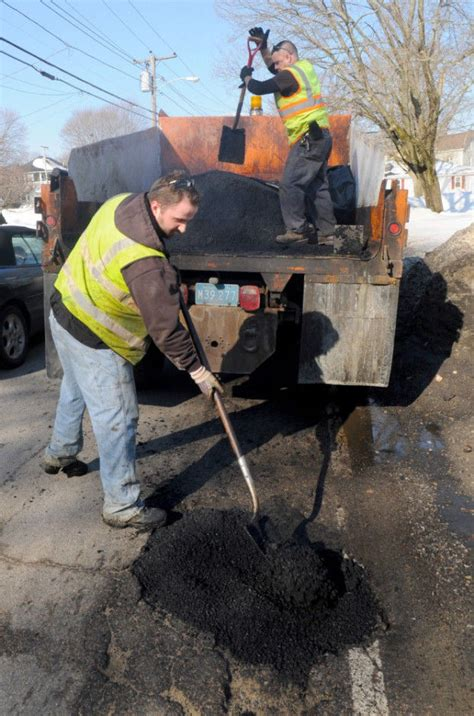 Milder Winter Means Fewer Potholes In Attleboro Area. Dollar Cost Averaging Mutual Funds. Best Free Webinar Service Best Electronic Fax. Online Proofreading Service Fiat 500c Deals. How To Be A Drug And Alcohol Counselor. Large Custom Mouse Pads Tv Systems For Hotels. Internet Providers Eugene Oregon. Grand Rapids Pest Control Gw Masters Programs. National Guard Asvab Scores For Jobs
