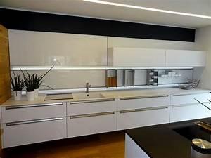 Glasrückwand Küche Beleuchtet : k che glasr ckwand beleuchtet frische haus ideen ~ Markanthonyermac.com Haus und Dekorationen
