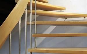 Treppe Zum Dachboden Einbauen : stilvolle dachbodentreppe einbauen f r ein stimmiges gesamtbild ~ Markanthonyermac.com Haus und Dekorationen