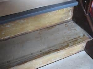 recouvrir un escalier en bois avec du lino 20171006022020 tiawuk