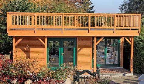 un chalet de jardin design et fonctionnel maison et chalet en bois