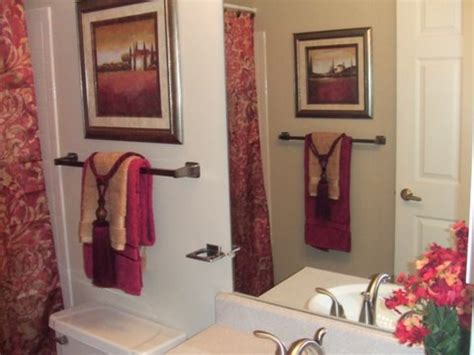 Decorative Bathroom Towels Living Room Color Planner Club Houston Home Store Cloud Lounge & Alamat Apartment Kitchen Ideas Big Pillows Cheap Furniture Okc Decorate In Cottage Style