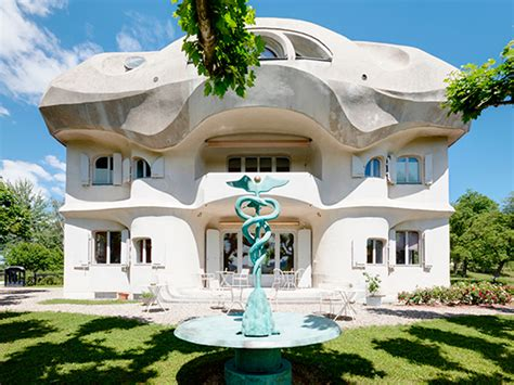 Ih  Iconic Houses