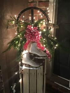 Weihnachtsdeko Im Außenbereich : haust r weihnachtlich dekorieren holzschlitten dekorieren pinterest weihnachtlich ~ Markanthonyermac.com Haus und Dekorationen