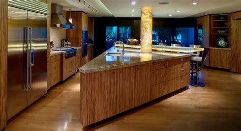 woodharbor cabinets hiawatha bar cabinet
