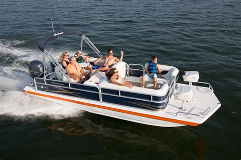 research 2016 hurricane deck boats fundeck fd 226 f ob on iboats