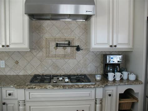 Natural Stone Kitchen Backsplash Ideas Home Decor Trends Living Room The Great Escape Cheats Furniture Portland Oregon Stylish Hgtv Style Guide How To Decorate Small Kitchen Combo Chandelier Depot Show Me