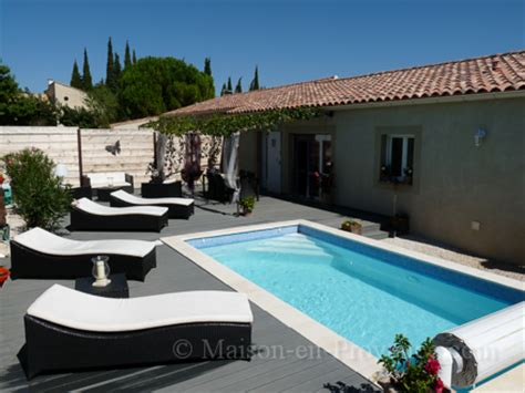 semi detached house pool near the center of the in tavel gard south
