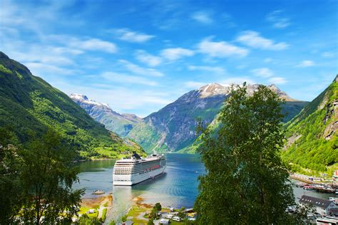Fjord Cruise Norway by Norwegian Fjords Cruise Guardian