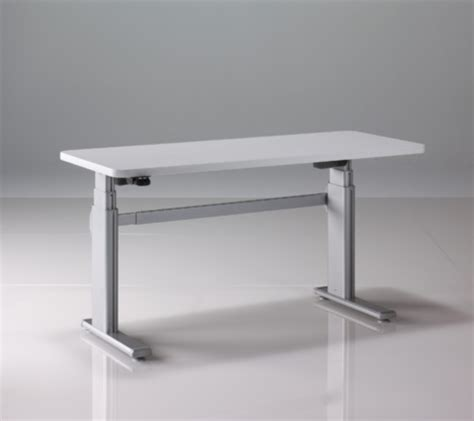 standing desk shootout steelcase airtouch height adjustable table core77