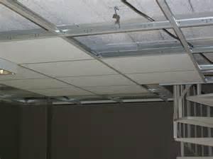 le faux plafond permet de masquer les imperfections et irr 233 gularit 233 s de la surface